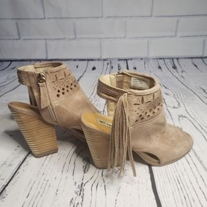 Not Rated Shoes - Not Rated chiara open toe fringe bootie